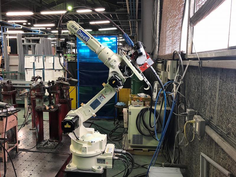 量産品でも品質を安定させられる溶接ロボット